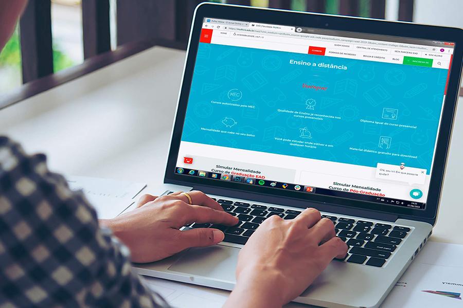 abime-educação-online-durante-pandemia-instituiçoes-se-adaptam-a-uma-nova-ferramenta-de-ensino