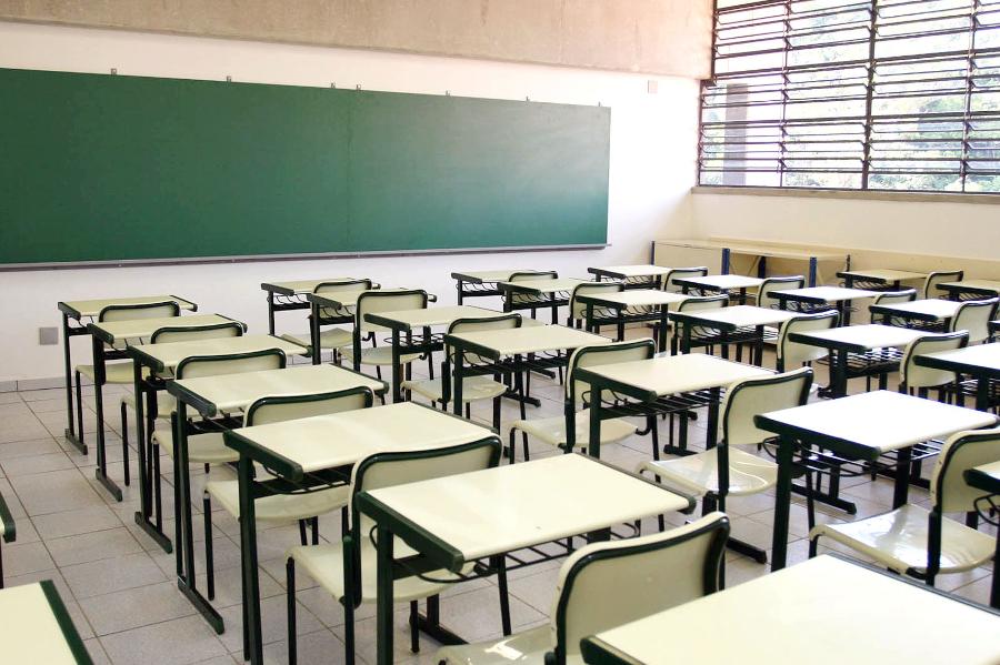 Abime-volta-as-aulas-e-alvo-de-debates-entre-governos-e-autoridades-na-area-da-saude-e-da-educacao